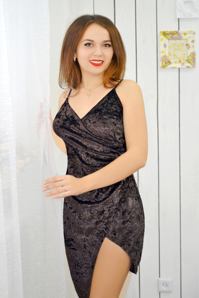 Elena 21 years old Ukraine Nikolaev, Russian bride profile, russianbridesint.com